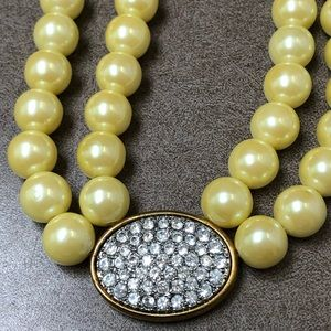 Pearl vintage necklace